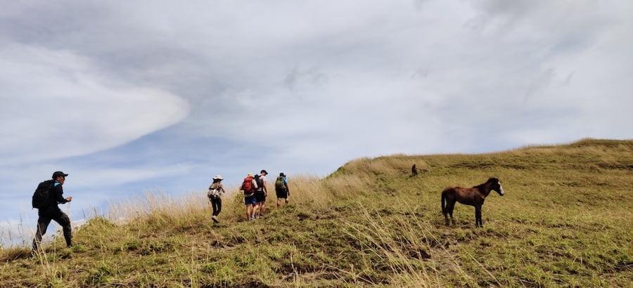 Hiking to Navala